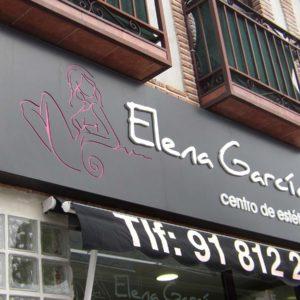 Rótulo luminoso de centro de estética Elena García